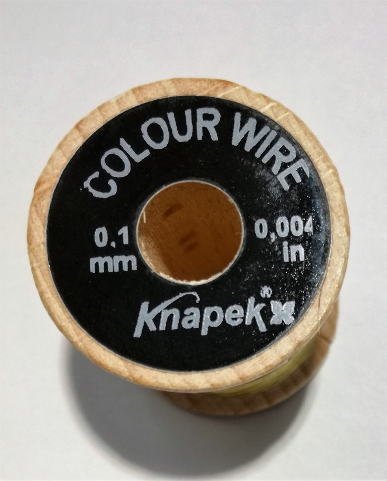Knapek  Colour Wire